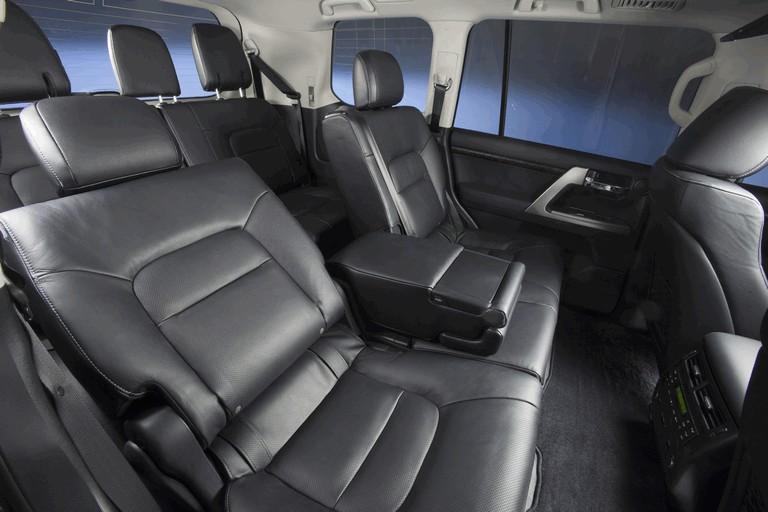 2013 Toyota Land Cruiser 341877