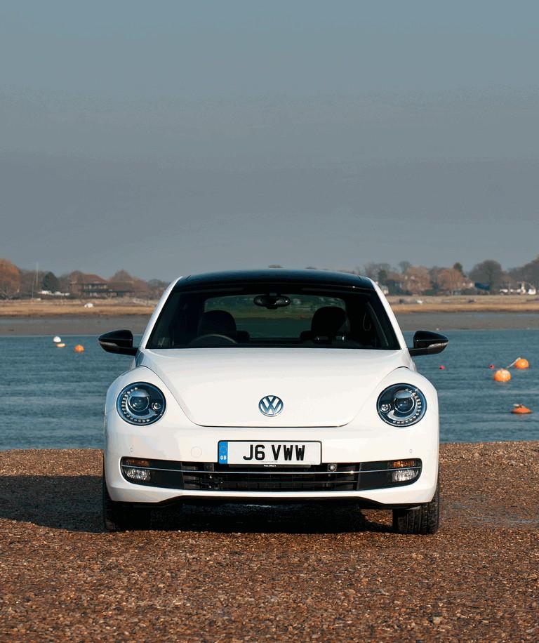 2011 Volkswagen Beetle - UK version 344381
