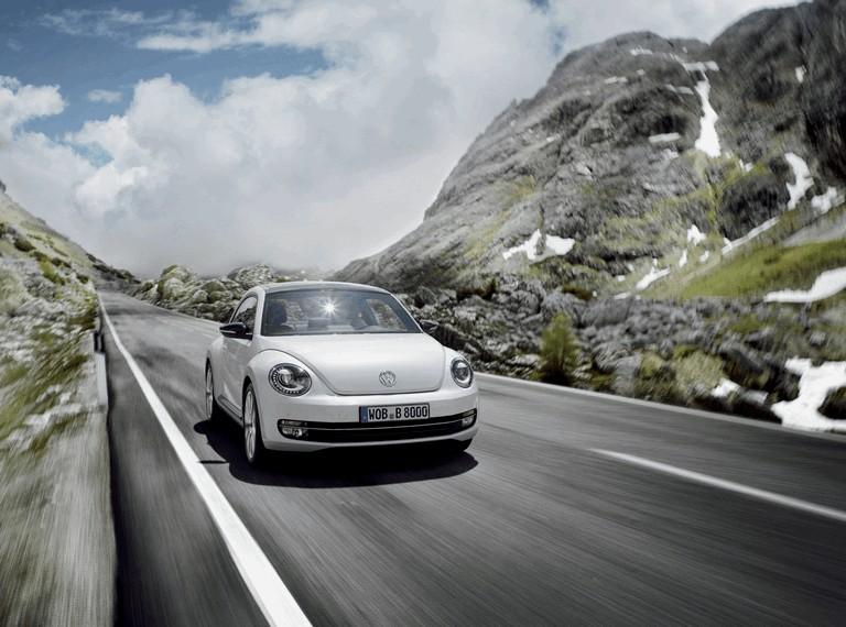 2011 Volkswagen Beetle - UK version 344411