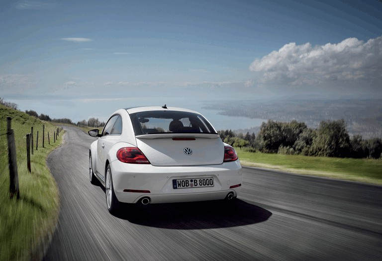 2011 Volkswagen Beetle - UK version 344413