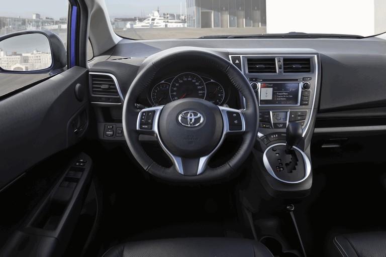 2011 Toyota Verso-S 344478