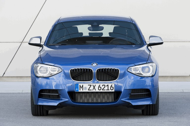 2012 BMW M135i ( F20 ) 3-door 352005