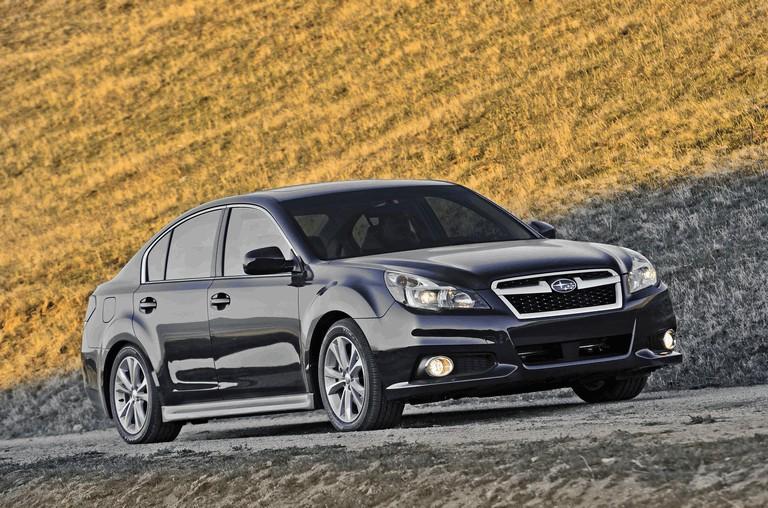 2013 Subaru Legacy sedan 346504