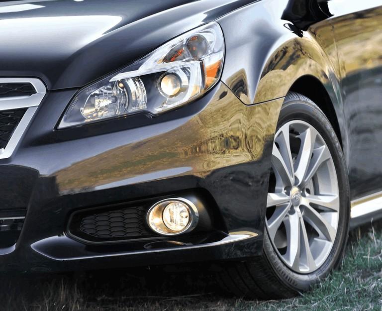 2013 Subaru Legacy sedan 346523