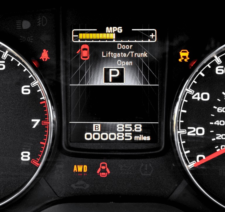 2013 Subaru Legacy sedan 346525