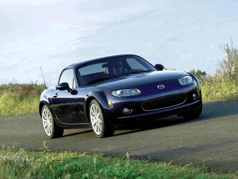 2006 Mazda MX-5 Miata power retractable hard top 213627