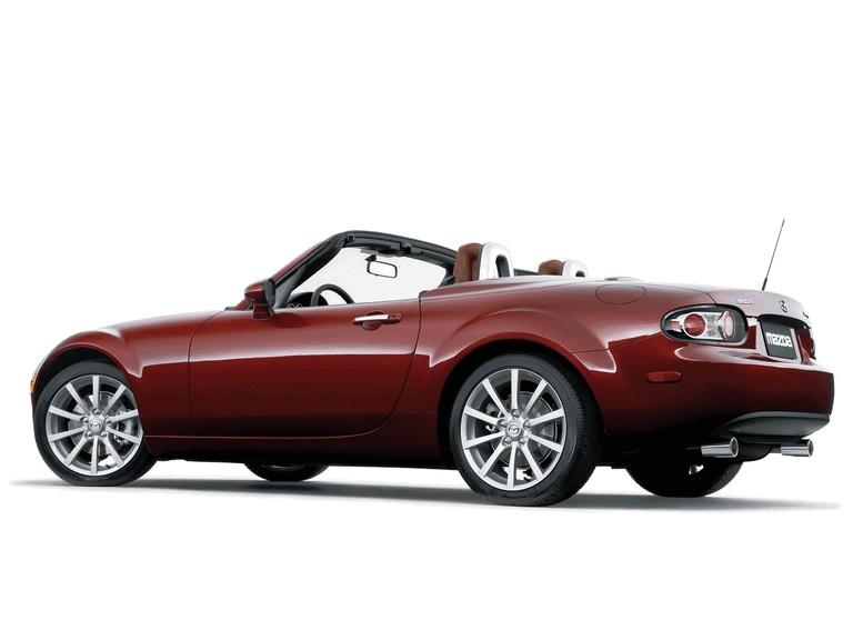 2006 Mazda MX-5 Miata power retractable hard top 213641