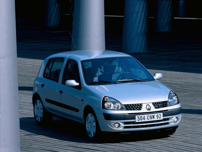 2001 Renault Clio 5-door 351240