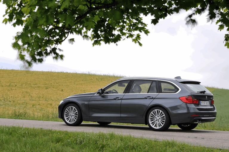 2012 BMW 328i ( F31 ) touring Luxury 351700