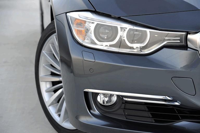 2012 BMW 328i ( F31 ) touring Luxury 351750