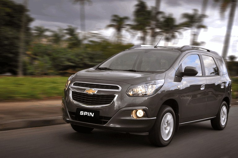2013 Chevrolet Spin Free High Resolution Car Images
