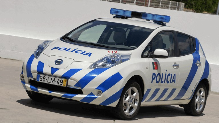 2012 Nissan Leaf - Portuguese Police 352575