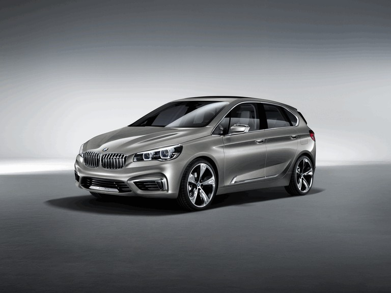 2012 BMW Concept Active Tourer 356357