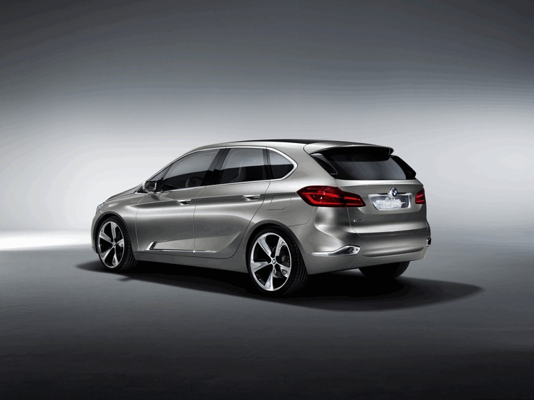 2012 BMW Concept Active Tourer 356359