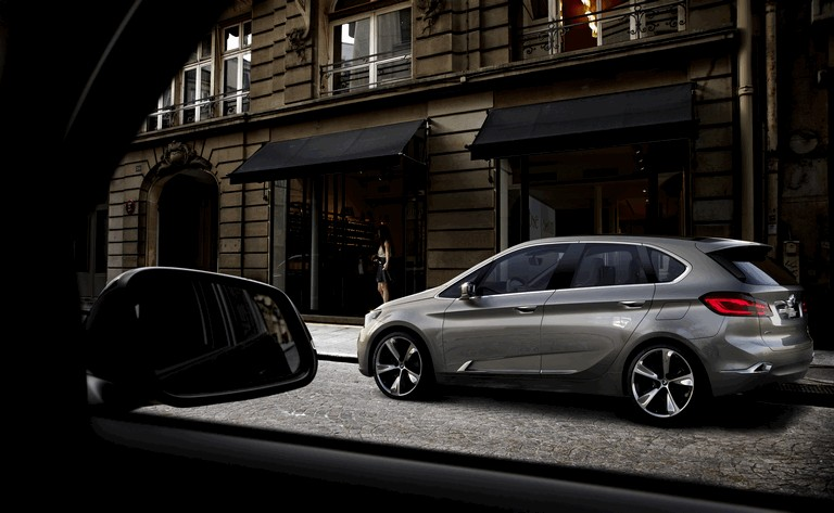 2012 BMW Concept Active Tourer 356374