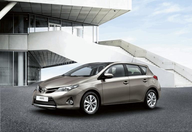 2012 Toyota Auris 359297