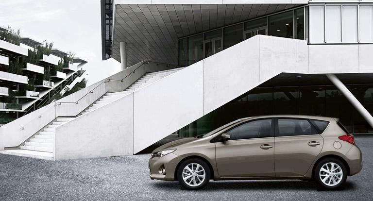 2012 Toyota Auris 359298