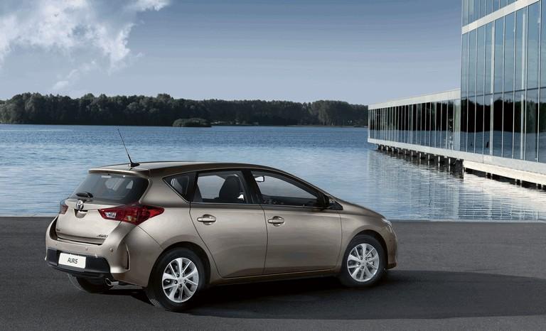 2012 Toyota Auris 359300