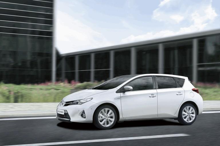 2012 Toyota Auris Hybrid 359287