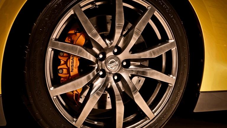 2012 Nissan GT-R ( R35 ) Bolt edition 366155