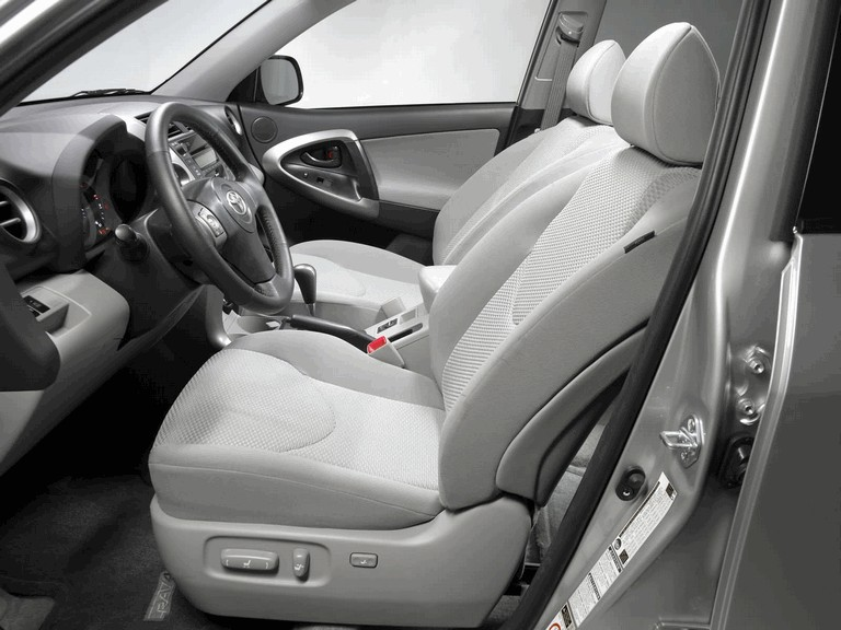 2006 Toyota RAV4 V6 4WD 215370