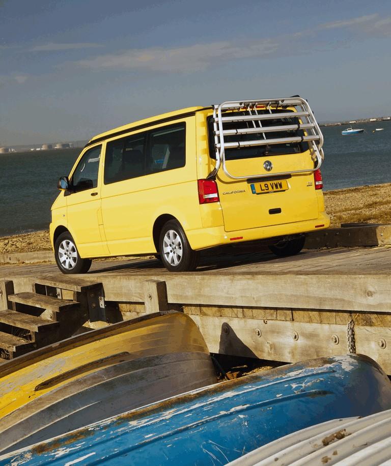 2012 Volkswagen T5 California - UK version 365900