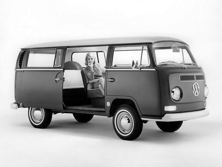 1967 Volkswagen T2 Bus 365945
