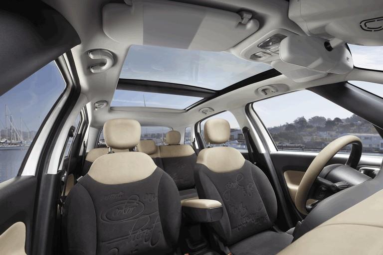 2013 Fiat 500L - USA version 366329