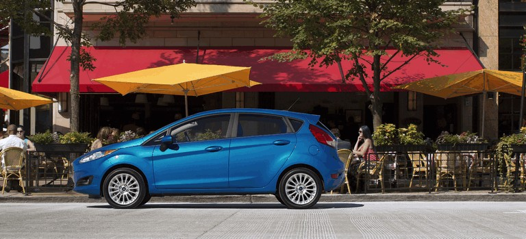 2014 Ford Fiesta 5-door - USA version 366743