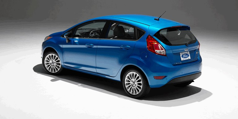 2014 Ford Fiesta 5-door - USA version 366773