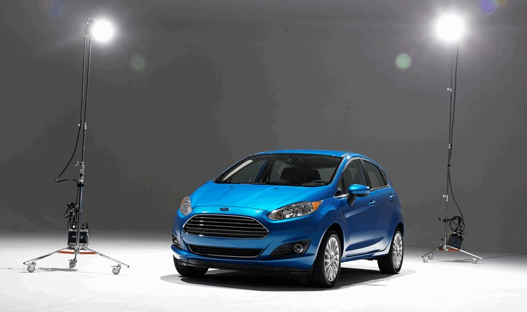 2014 Ford Fiesta 5-door - USA version 366788