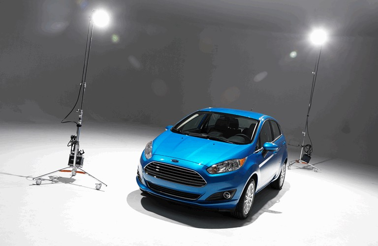2014 Ford Fiesta 5-door - USA version 366789