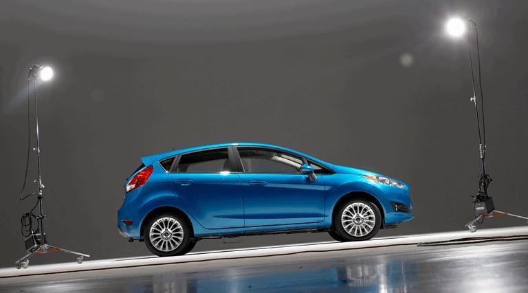 2014 Ford Fiesta 5-door - USA version 366792