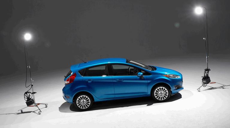 2014 Ford Fiesta 5-door - USA version 366793