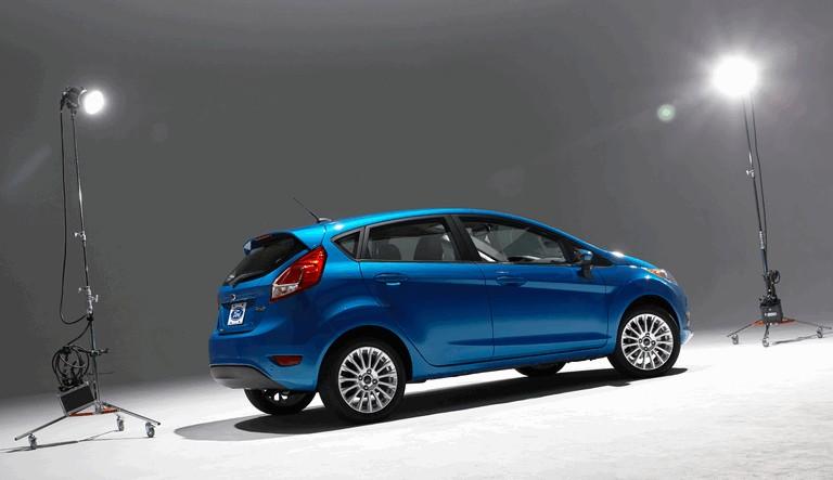 2014 Ford Fiesta 5-door - USA version 366797