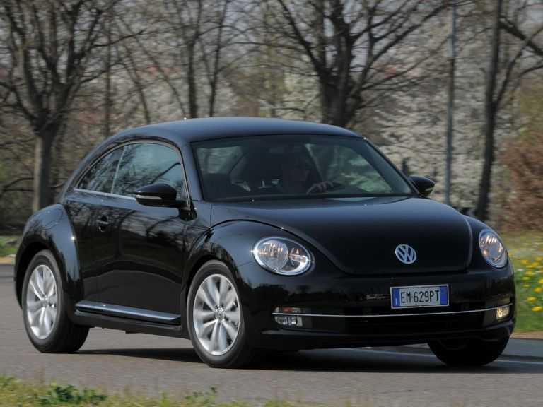 2012 Volkswagen Maggiolino 528189