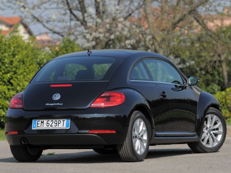 2012 Volkswagen Maggiolino 528194