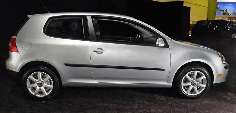 2006 Volkswagen Golf Rabbit 3-door 494480