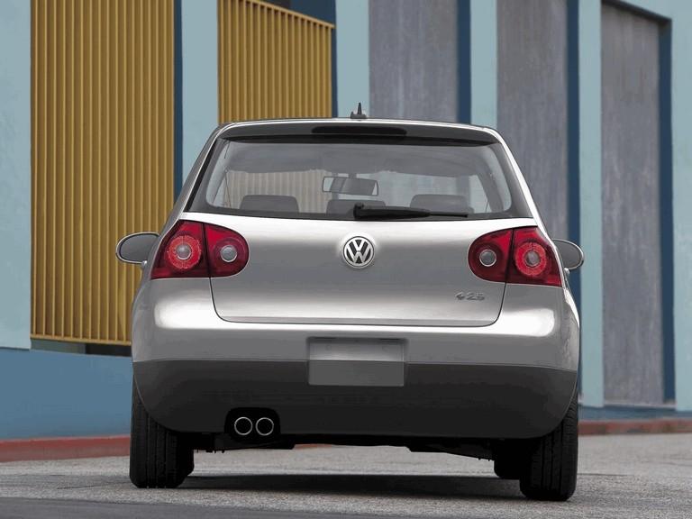 2006 Volkswagen Golf Rabbit 5-door 215928