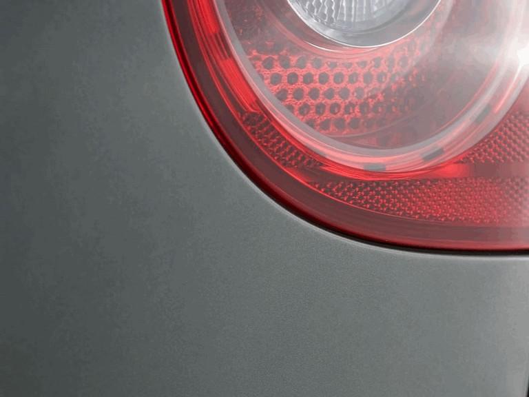 2006 Volkswagen Golf Rabbit 5-door 215942