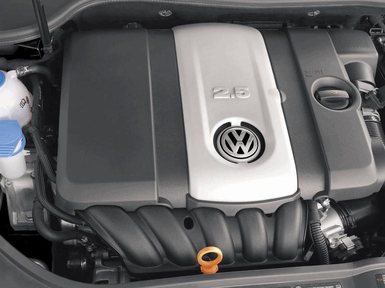 2006 Volkswagen Golf Rabbit 5-door 215944
