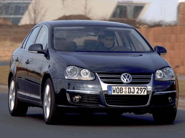 2006 Volkswagen Jetta 2.0 T-FSI 216030