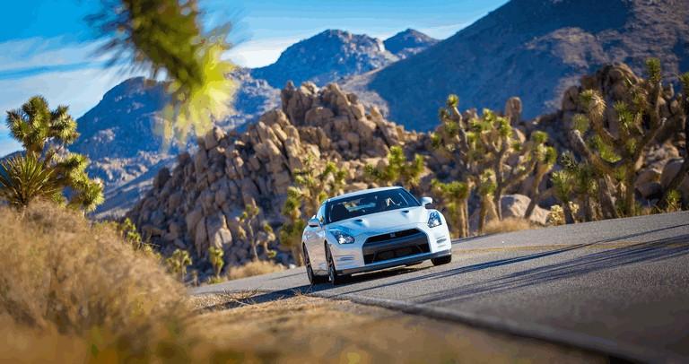 2013 Nissan GT-R ( R35 ) - USA version 370916