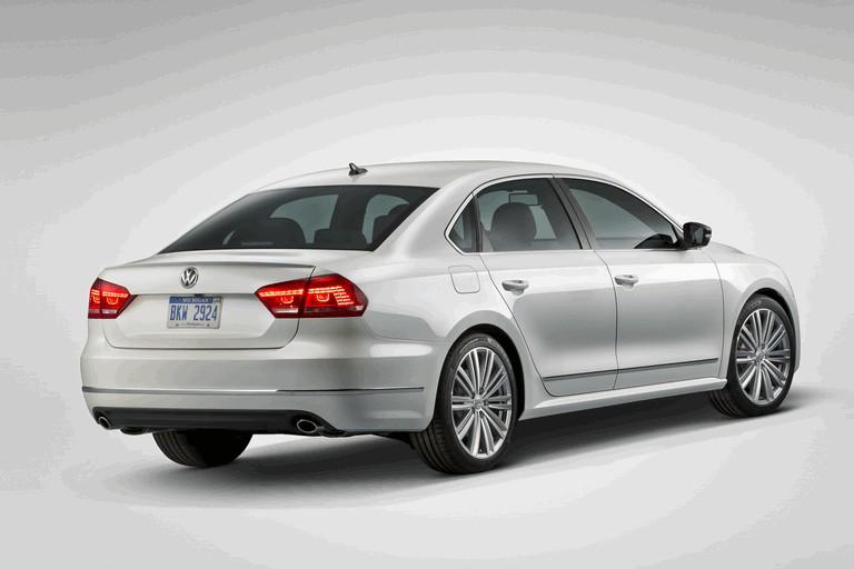 2013 Volkswagen Passat Performance concept 371278