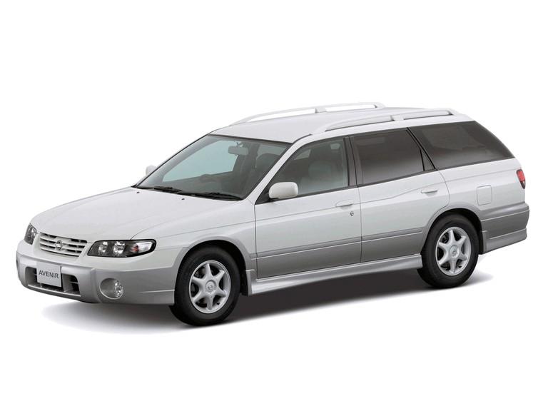 1999 Nissan Avenir 373340
