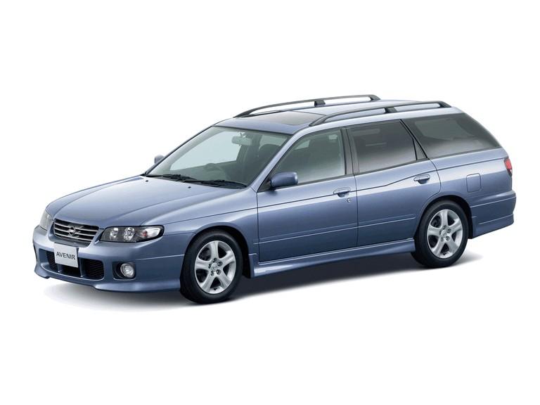 1999 Nissan Avenir 373341