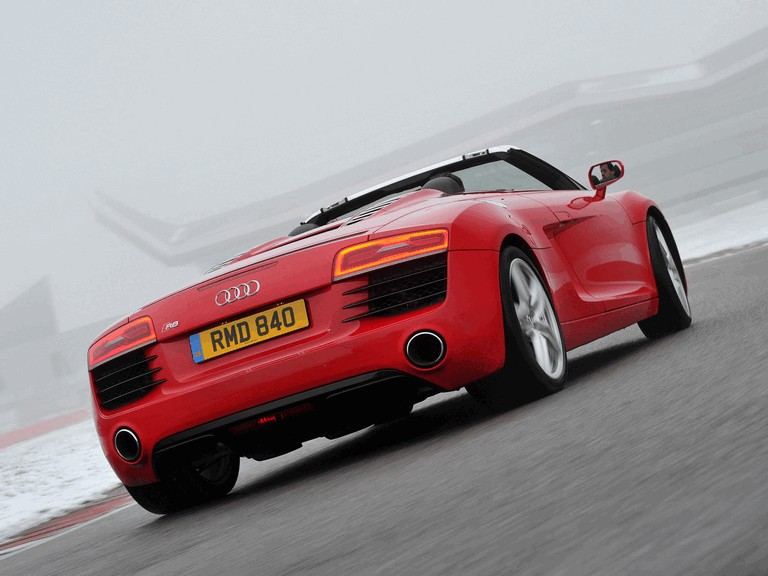 2013 Audi R8 spyder - UK version 373471