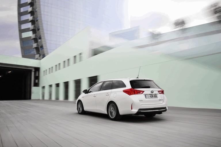 2013 Toyota Auris Touring Sports 374958