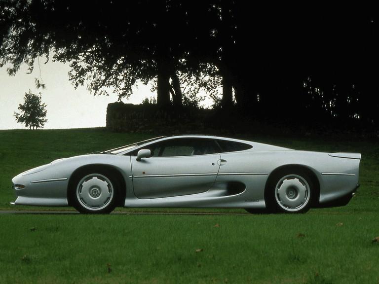 1989 Jaguar XJ220 195596
