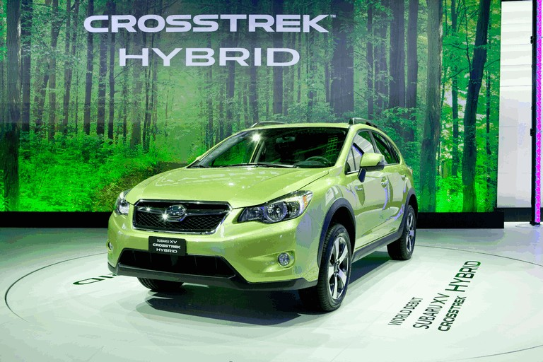 2013 Subaru XV Crosstrek Hybrid - USA version 381620
